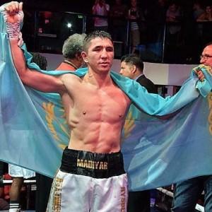 Жеңіліс көрмеген қазақ Америка боксшысын жеңді - на sport.bugin.kz