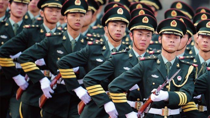 Қытай Гонконгке әскер жақындатуда - на politic.bugin.kz