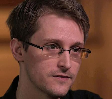 Эдвард Сноуден АҚШ-қа оралуға дайын екендігін мәлімдеді - на tech.bugin.kz