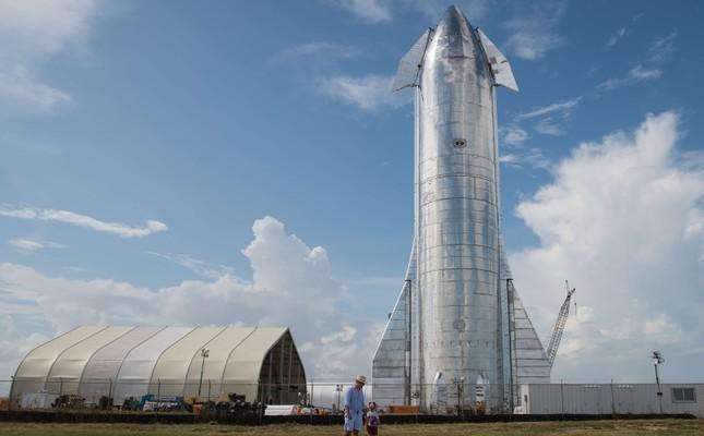 Илон Маск Ай мен Марсқа ұшатын ғарыш кемесін таныстырды - на tech.bugin.kz
