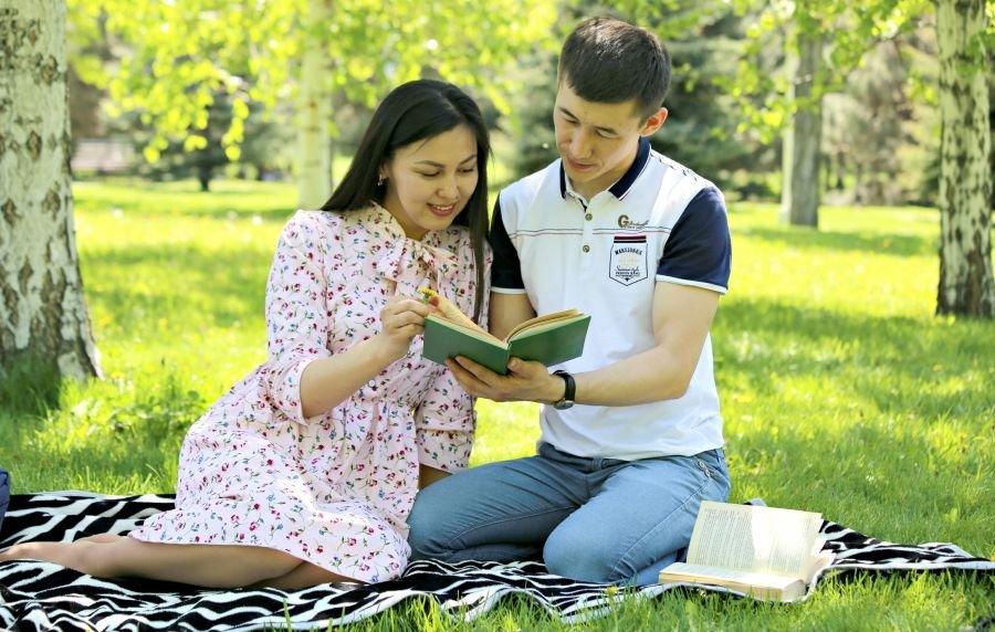 Табыстырған кітап немесе кітаптар арасындағы аңыз - на weekend.bugin.kz