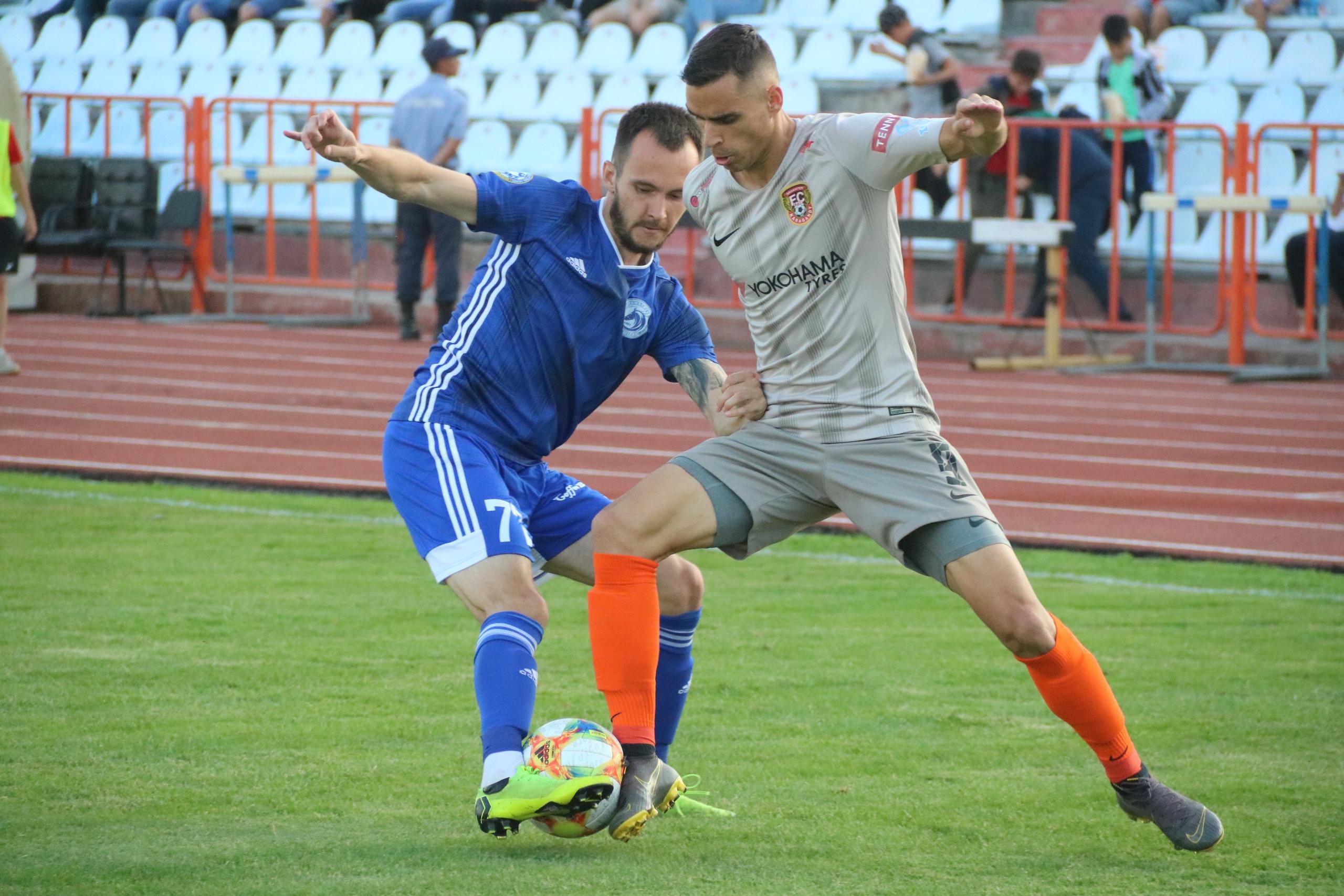 Келісілген кездесулер: Еліміздегі футбол дүрбелеңдері - на sport.bugin.kz