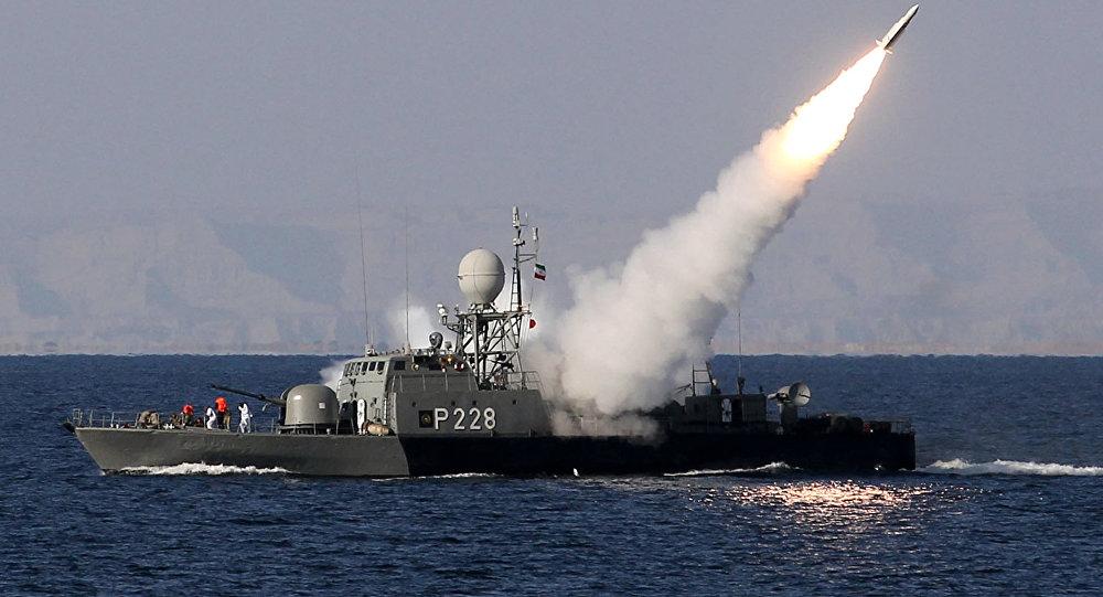 Иран су астынан ұшырылатын жаңа басқарылмалы зымыранды жаппай шығара бастады - на politic.bugin.kz