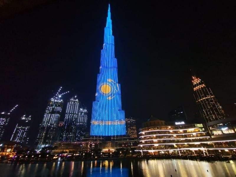 Burj Khalifa Қазақстан туына боялды: Жарнама құны қанша? - на finance.bugin.kz