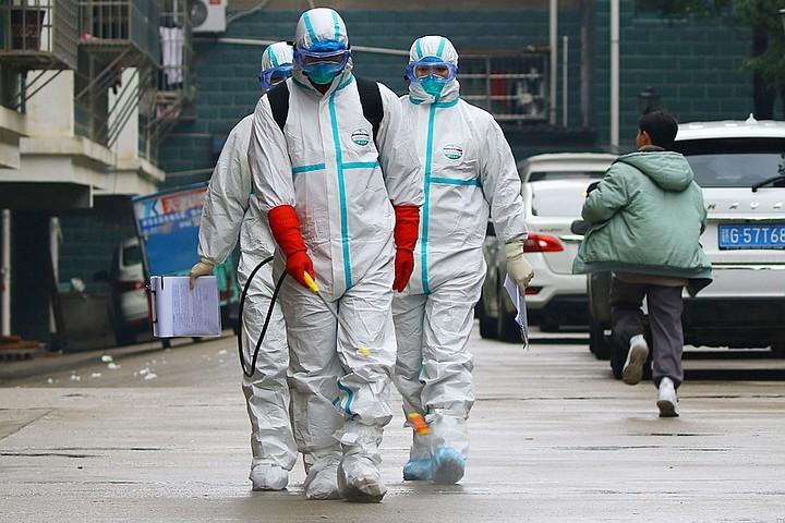 Вирус мутацияға ұшырауда: Қытайда ауырғандар мен көз жұмғандар саны бір күнде он есе артты - на politic.bugin.kz