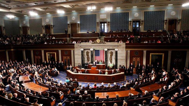 АҚШ Сенаты Трамптың әскери өкілеттігін шектеп тастады - на politic.bugin.kz